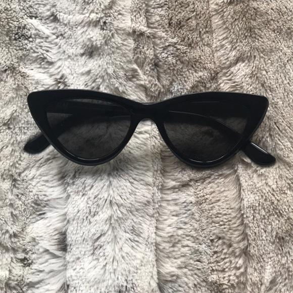 H&M Accessories - Cateye Sunglasses